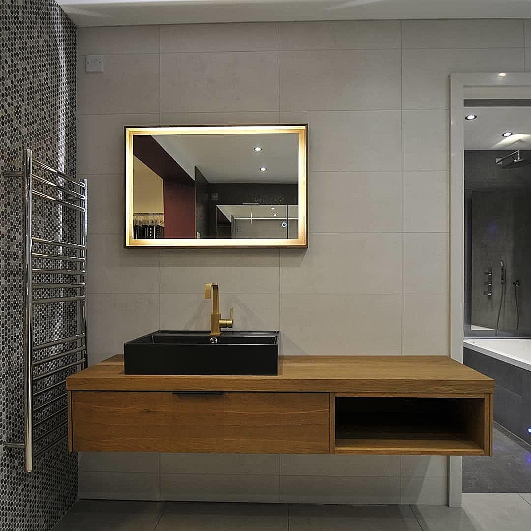 find  bathroom showroom   love renovate