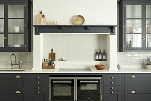 We pick some of our very favourite shaker kitchens to give you some inspiration to create your dream shaker style kitchen.