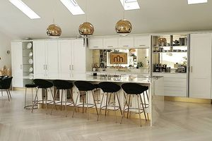 We answer your most popular pendant light questions and share some of our very favourite kitchen island pendant lights.